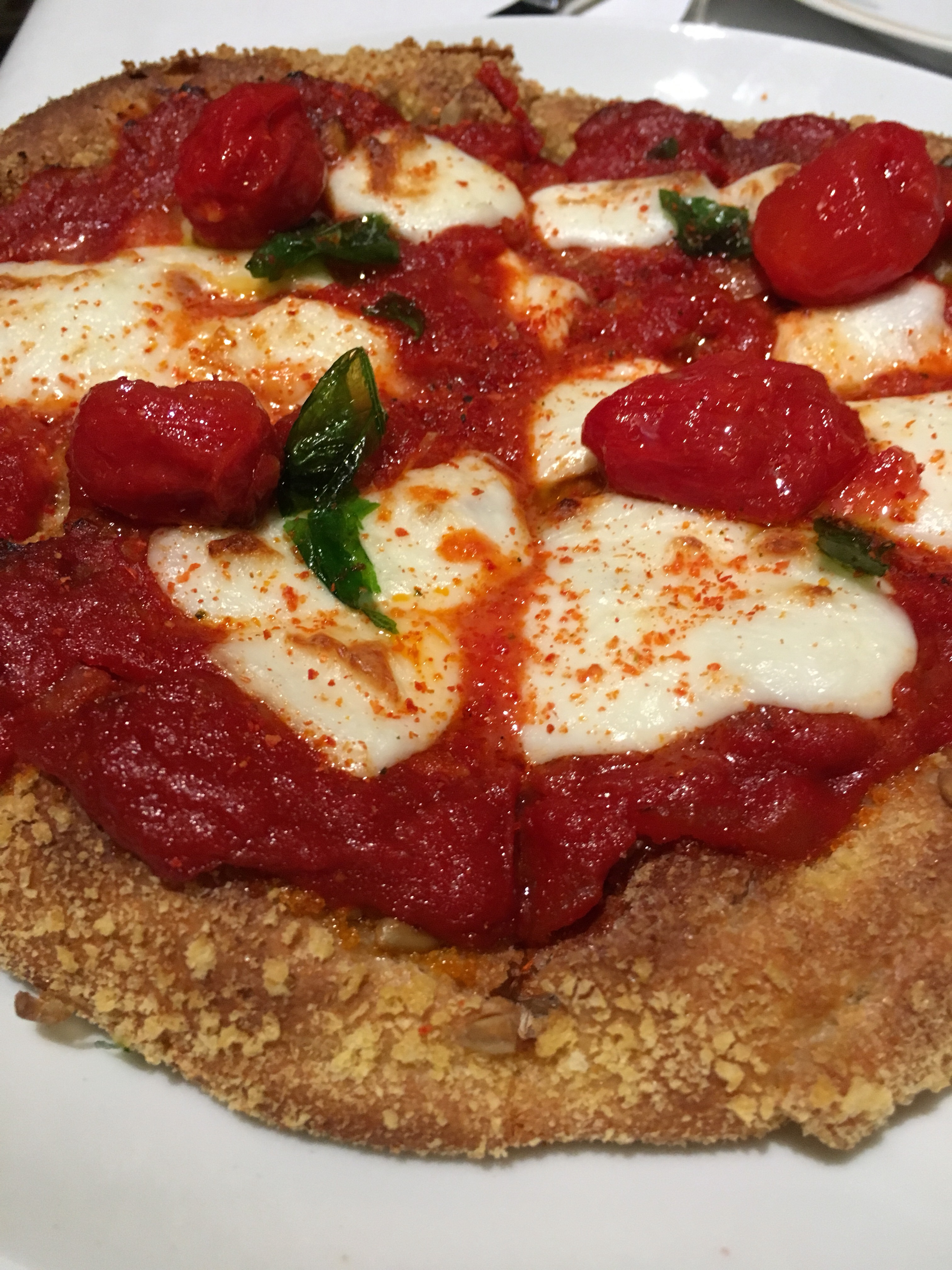 Se vuoi fare il figo assaggiala: la pizza di Carlo Cracco e il web