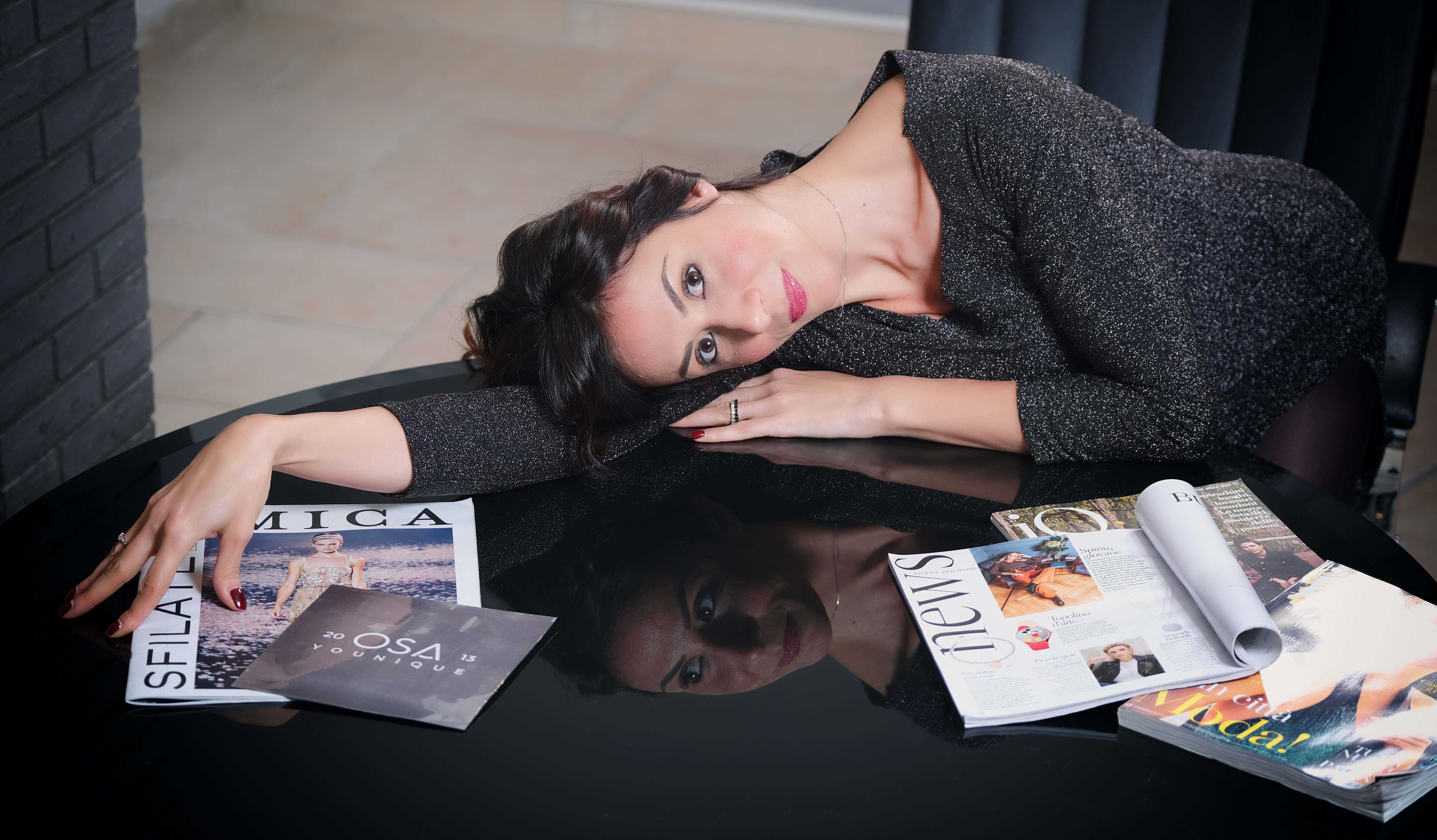 Quando indossare un abito è un modo di essere: Simona Zappi, la stilista che fa sentire ogni donna unica e speciale