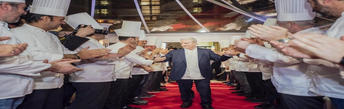 Iginio Massari sbarca a Milano: red carpet dei Maestri Pasticceri per omaggiarlo